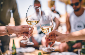 5 Dominant Health Benefits Of White Wines